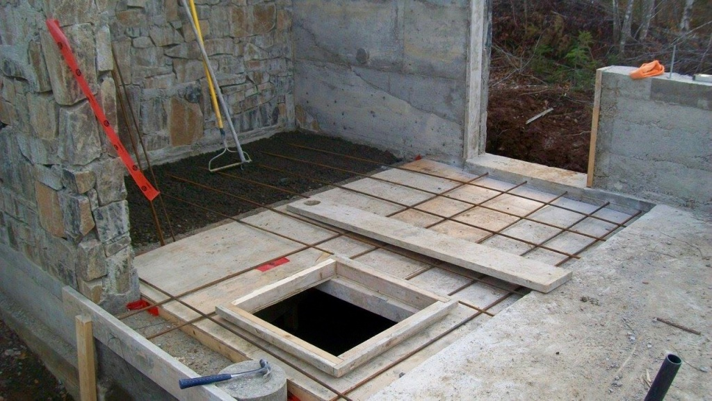 Getting the root cellar floor ready for pouring