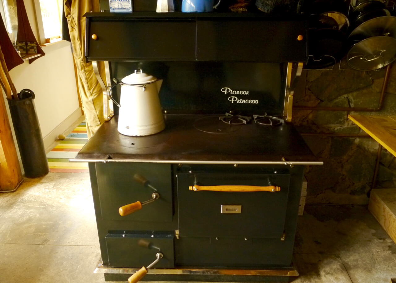 The Amish-designed wood cookstove in Thor's Den