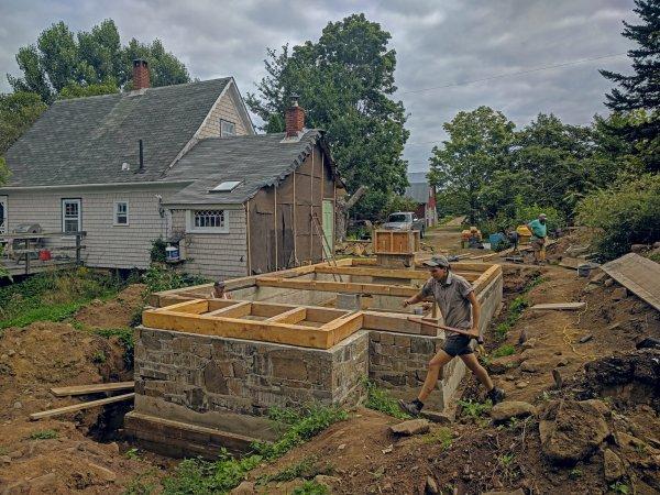 Timbers meet slipform masonry